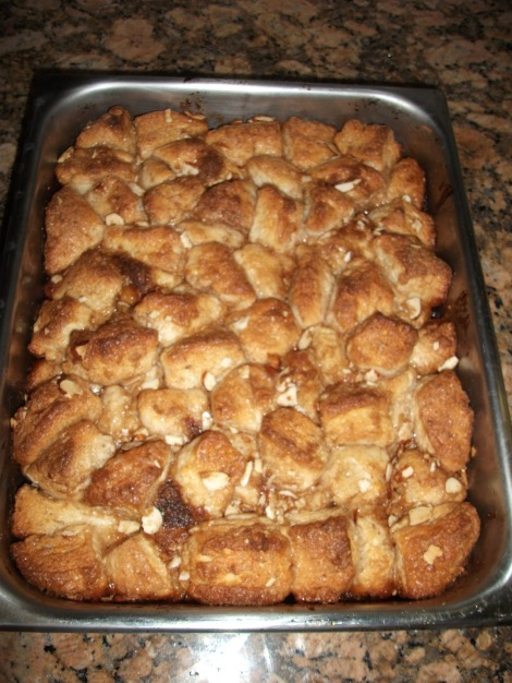 Things to Bring to a Tailgate: Easy Cinnamon Sticky Bread
